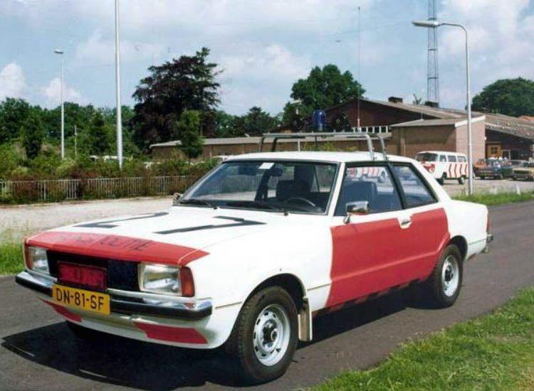 Ford Taunus, Verkeersgroep Rijkspolitie | Politie, Klassieke auto's,  Automobiel