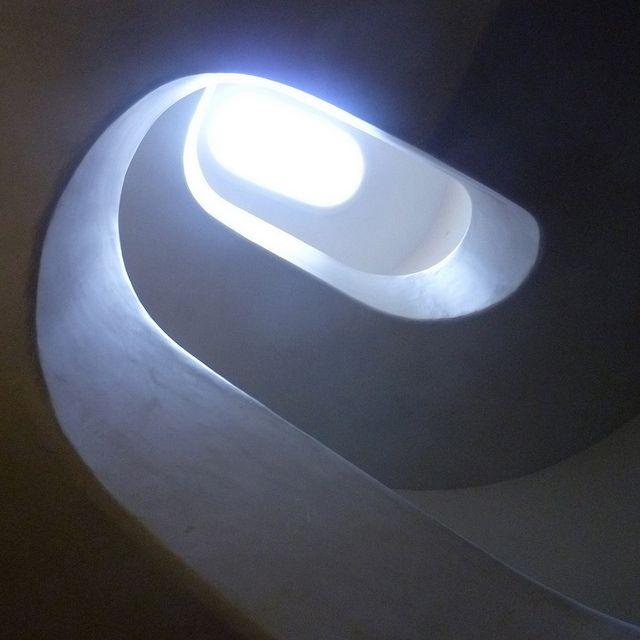 jørn utzon, bank melli, tehran, iran 1959-1962. concrete stairwell. photographer: phillip arnold | Flickr - Photo Sharing!