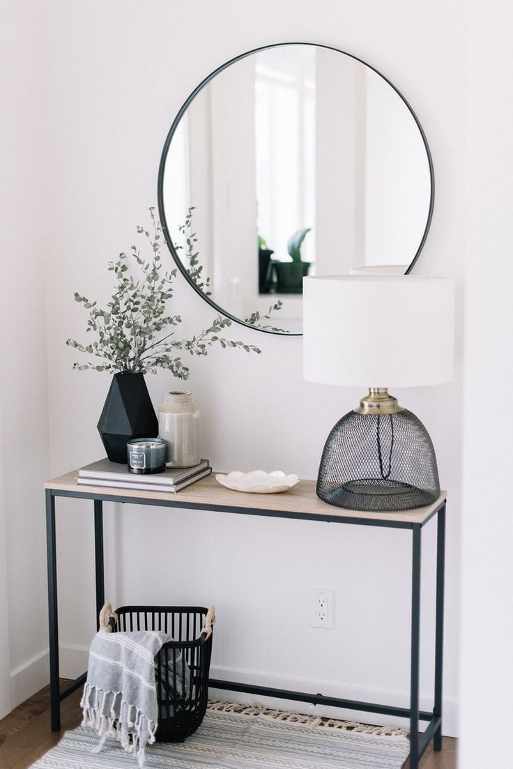 entrance way inspo | love the clear black lamp
