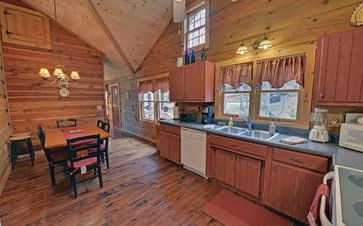 Blue Ridge Georgia Vacation Rental Cabins farmhouse-kitchen
