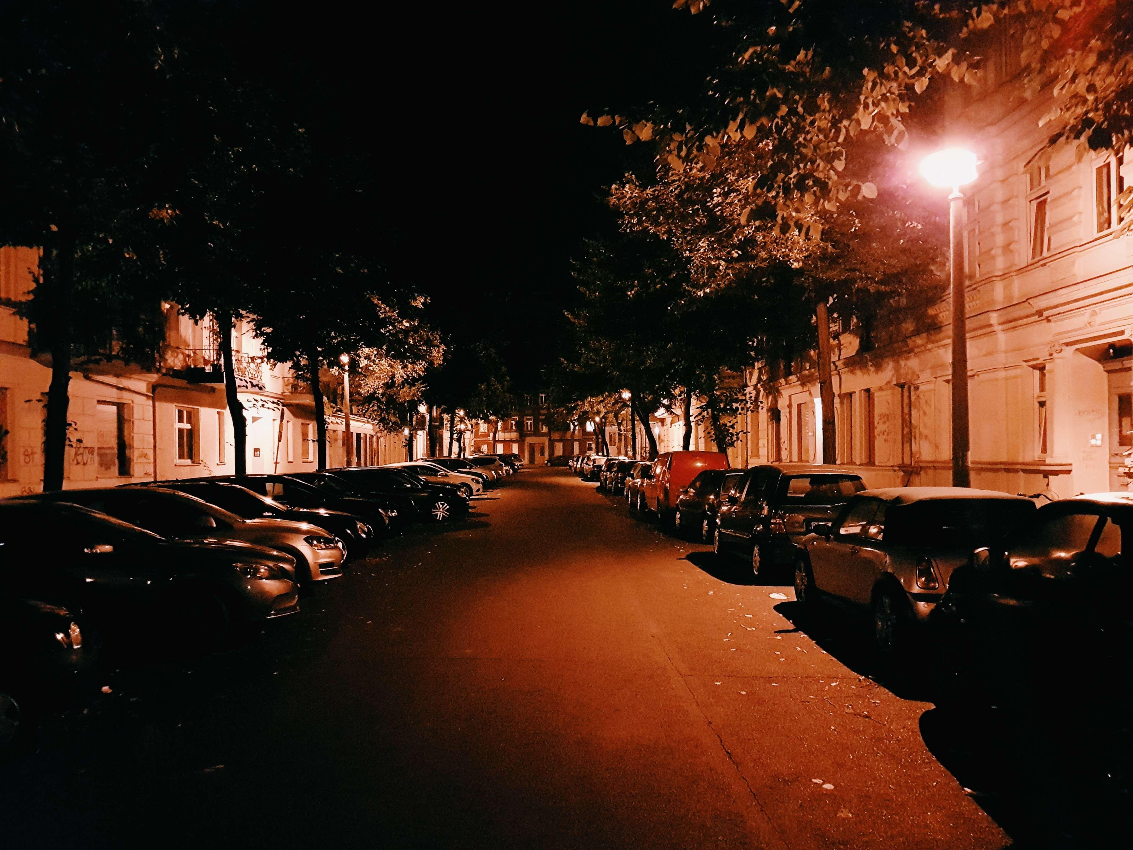 Обои cars, улица, дома, ночь, машины, свет. Города foto 19