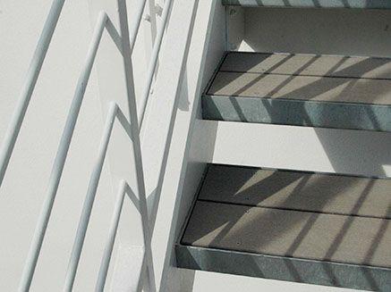 Treppenstufen Aus Wpc Terrassendielen Garten Pinterest
