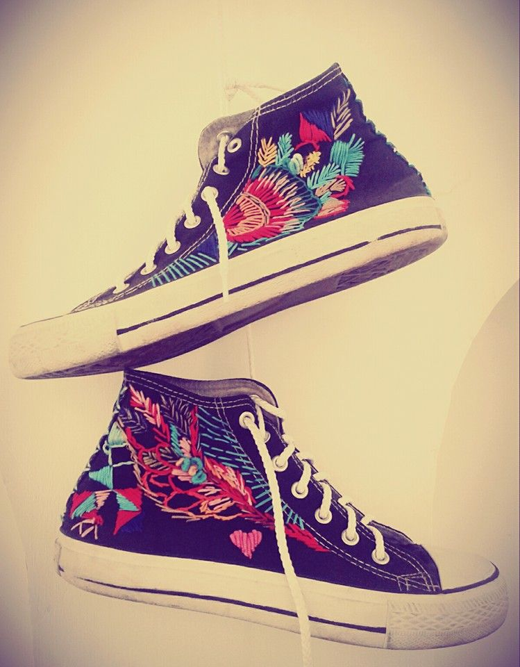 b91b42207dc3 embroidered converse