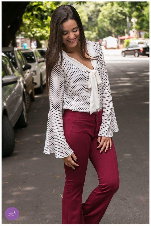 6d0940b8ad Camisa com gola-laço e calça estilo alfaiataria. Para estar linda no  dia-a-dia!  Vemprazas