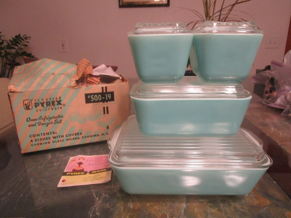 Vintage Pyrex Turquoise Set 4 W Box 500-19 Oven Refrigerator New
