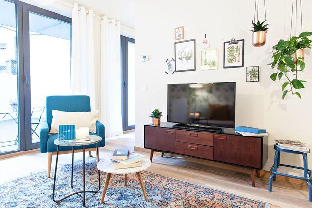 Appartement Bruxelles Relooking Deco Nature D Un 75 M2 Fauteuil Maison Du Monde Mobilier De Salon Decoration Maison