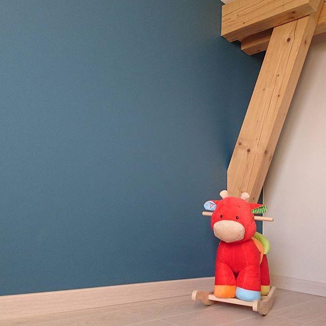 Déménagement On installe la chambre du petit Dorian!!!chambre peinte - peinture chambre gris et bleu