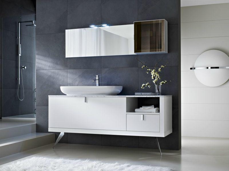 Moderne Badgestaltung Mit Weißen Badmöbeln