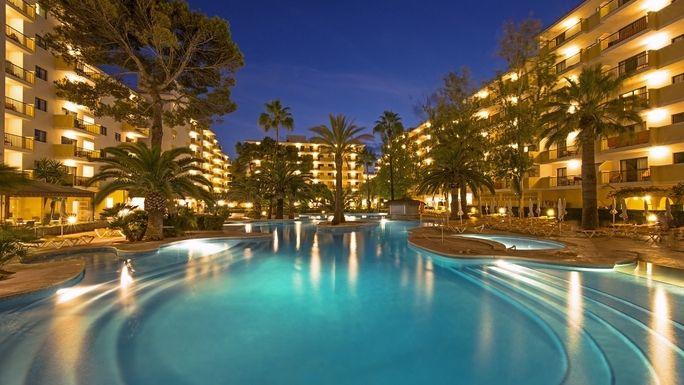 Jetez Un œil A Iberostar Alcudia Park Majorque Espagne Caraibes