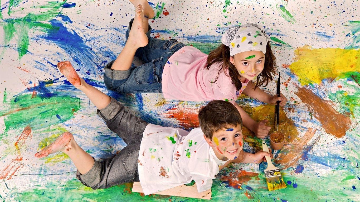 niños pintando en el suelo | Blog | Pinterest | Enamorada del amor ...