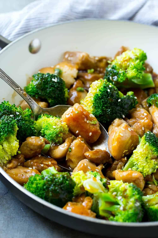Chicken And Broccoli Stir Fry Recipe Healthy Chinese Recipes Broccoli Stir Fry Stir Fry Recipes Healthy