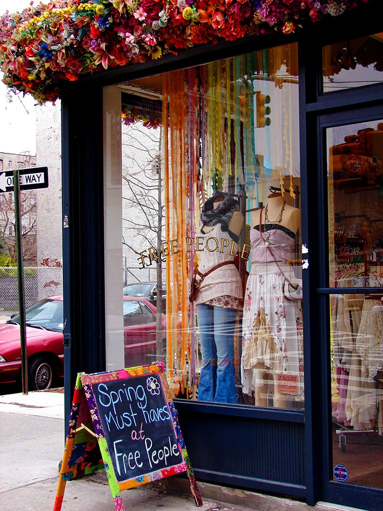 Window display ideas  free people store  pesquisa google  shop  pinterest  window