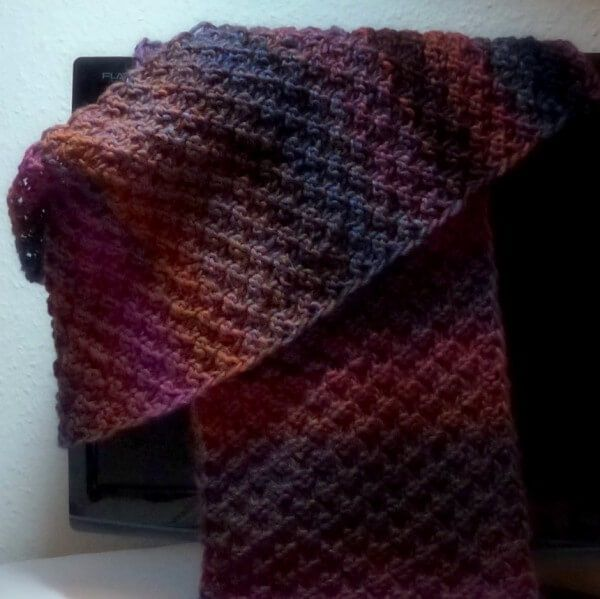 "Photo of Scarf ""autumn tones"" – knitting instructions – HANDMADE culture"