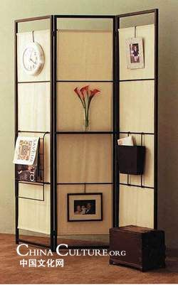 folding screen with shelf and hangers