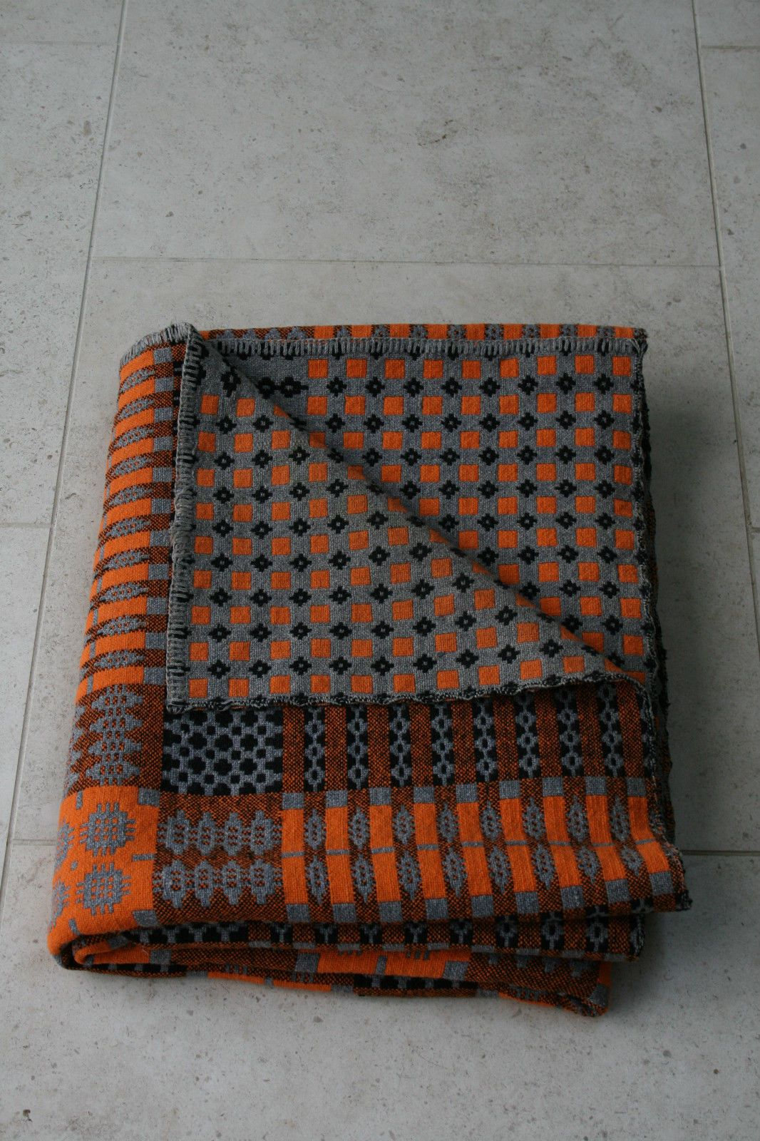 VINTAGE WELSH WOOL REVERSIBLE TAPESTRY BLANKET NO TASSELS in Antiques, Fabric/ Textiles, Quilts   eBay