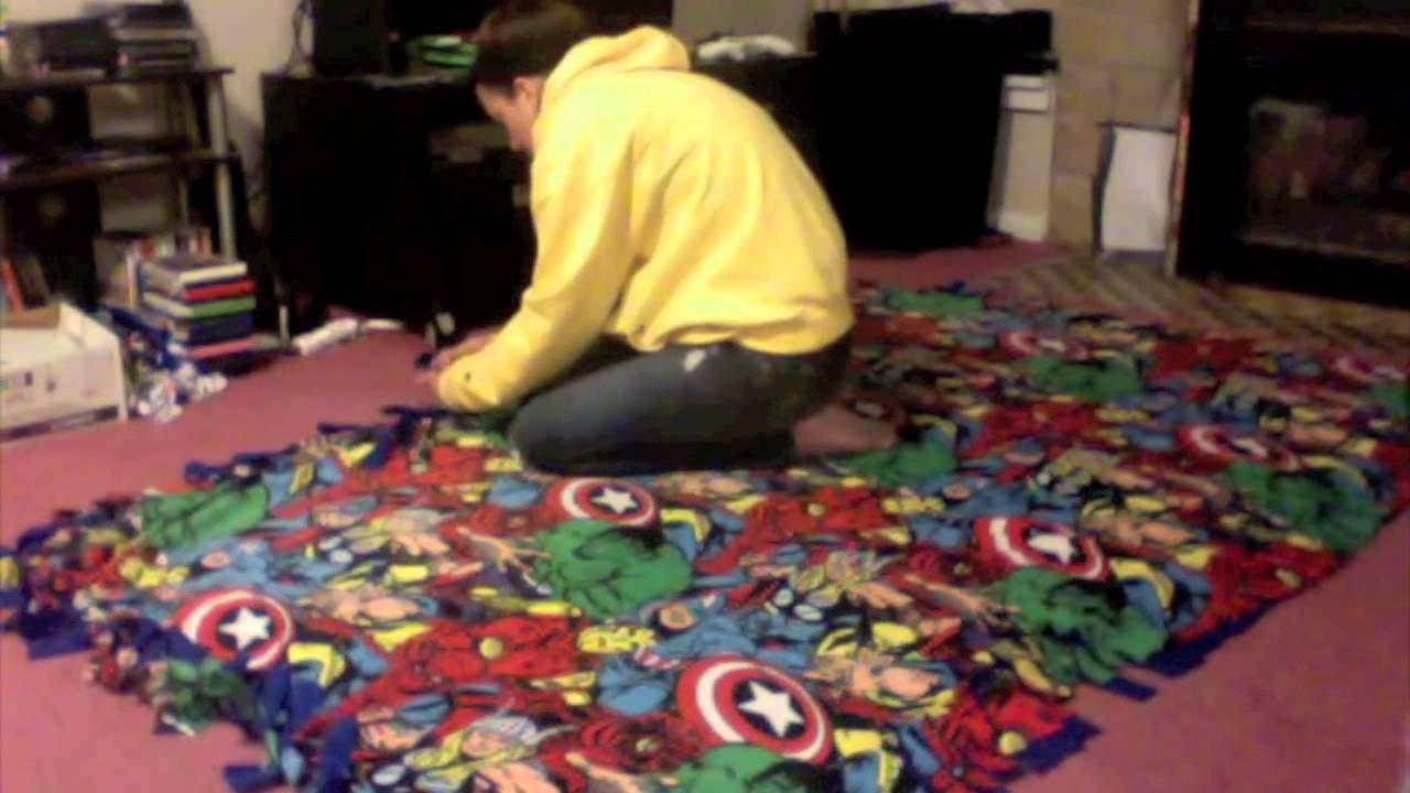 DIY No Sew Fleece Tie Blanket Fleece tie blankets, No