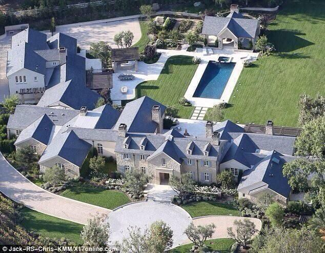 Kim Kanye S New House With Images Mansions Kardashian Home Celebrity Houses