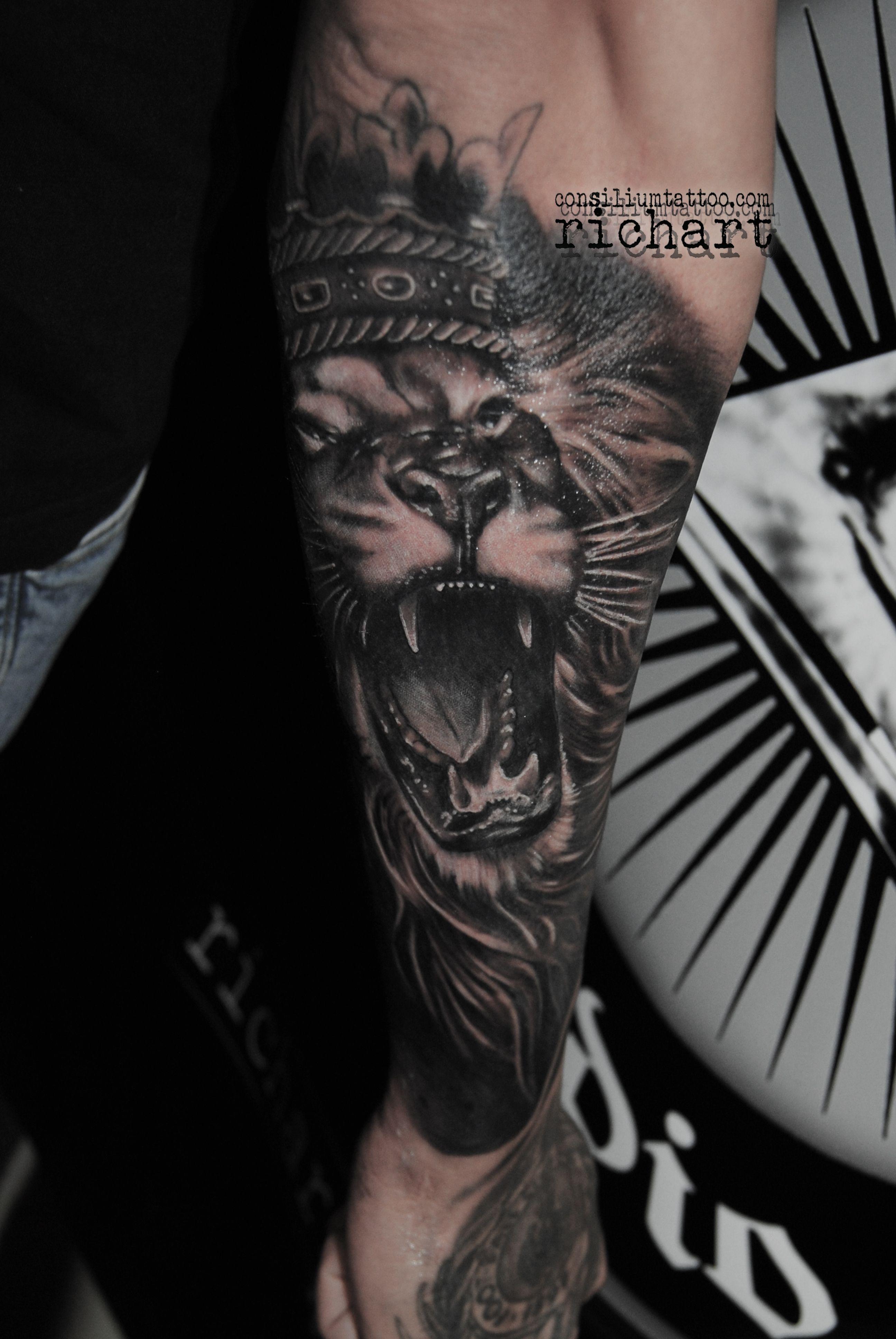 Tatuajes Tattoo Tatuaje Leon Consilium Tattoo Richart Moreno