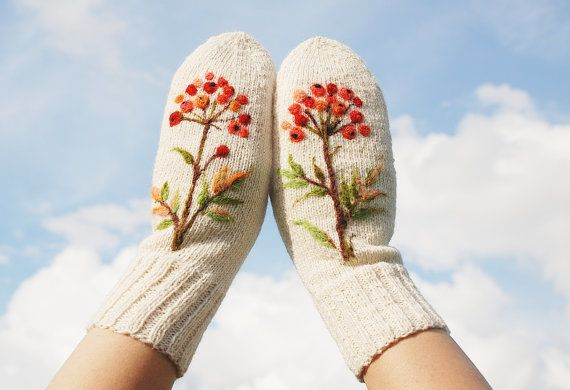 White Han Knitted Wool Mittens with berries by MySunsetColor, $39.50