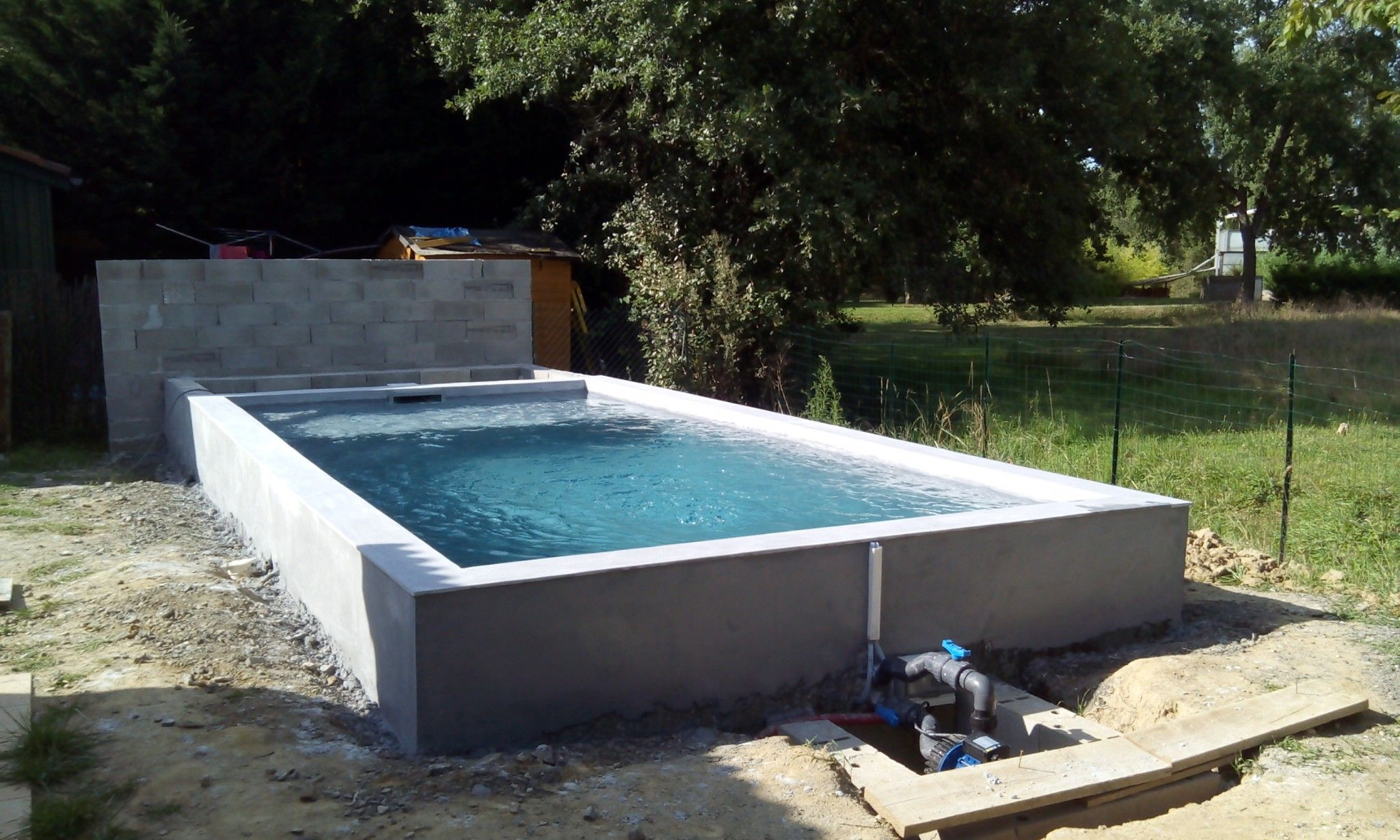 Chantier mini piscine mini piscine small pool en 2019 mini pool piscine hors sol et pools - Construire une piscine hors sol en beton ...