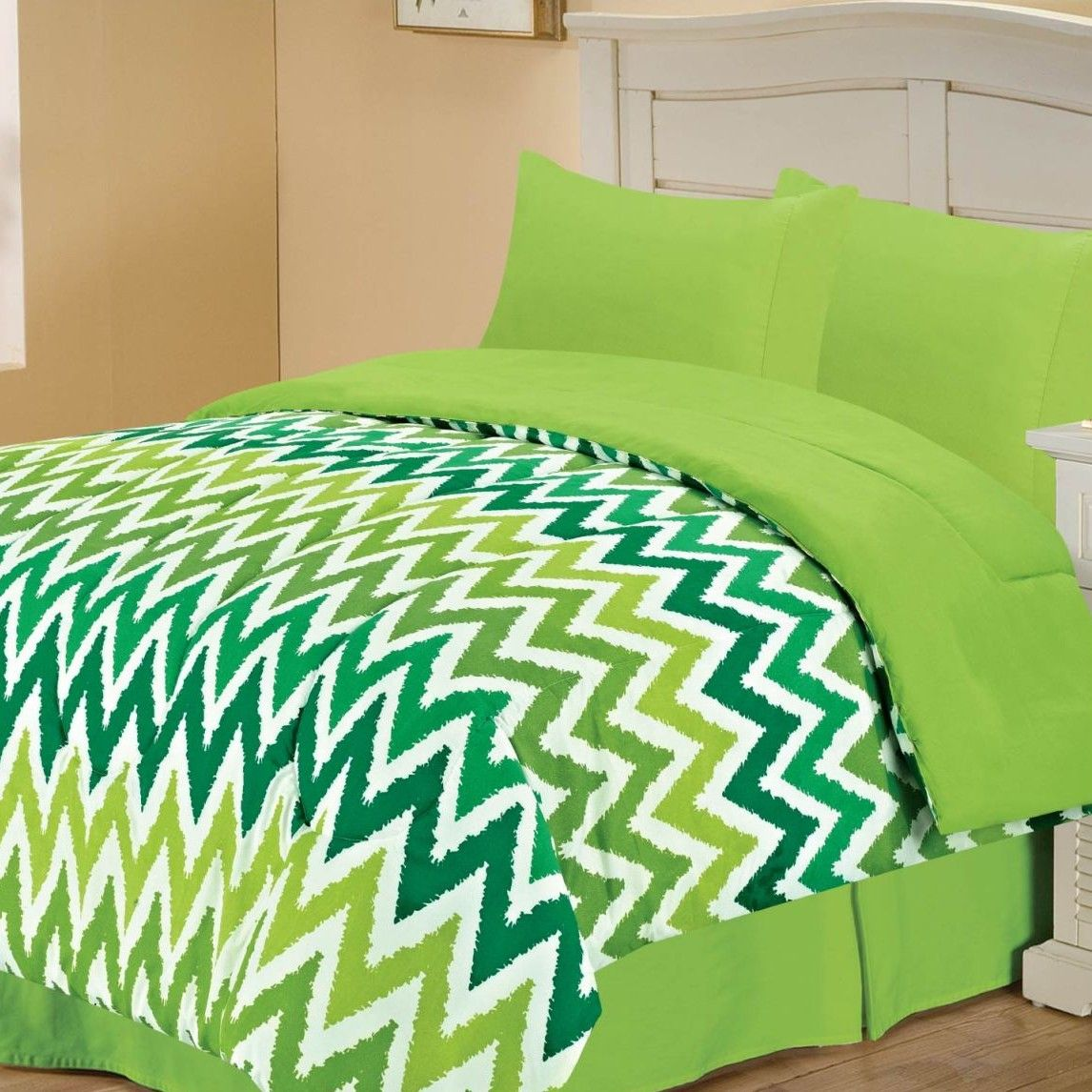 Blue and green bedding for teens - Green Chevron Bedding Set