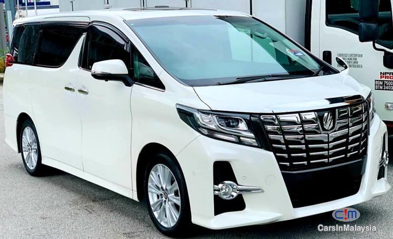 Toyota Alphard 2 5 At Mpv Sambung Bayar Continue Loan For Sale Carsinmalaysia Com 51234 In 2020 Toyota Alphard Car Comfort Tinted Windows Car