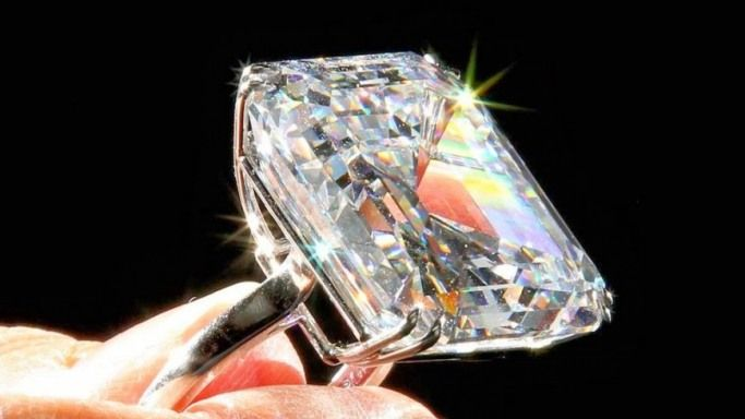 expensive diamond Brooches | The Top 10 Most Expensive
