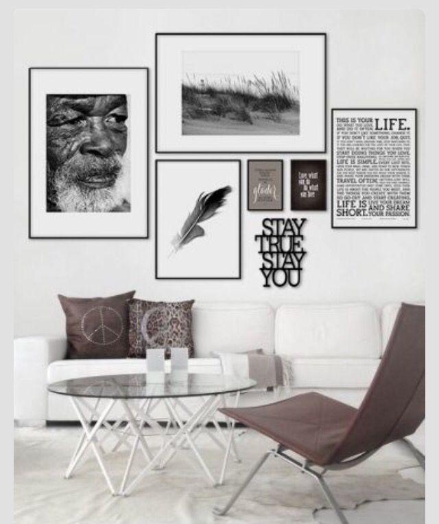 Das Wohnzimmer in schwarz weiß und die Farbakzente in braun geben - wohnzimmer in weiss braun