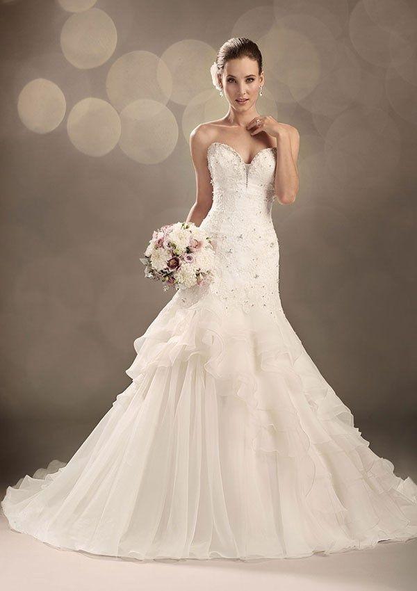 Wedding Gowns Uk Ball Bride Curvy Wedding Gowns Backyard Western ...
