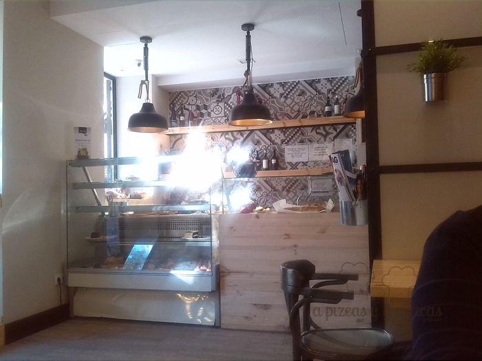 Lala Land cafetería pastelería en Ruzafa, Valencia magnífico almuerzo en un local en el que querrás quedarte