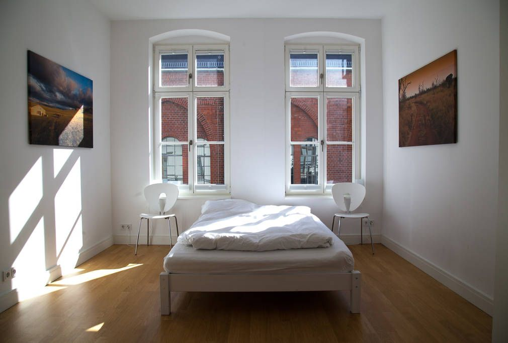 Master-Bedroom facing atelier of Olafur Eliasson
