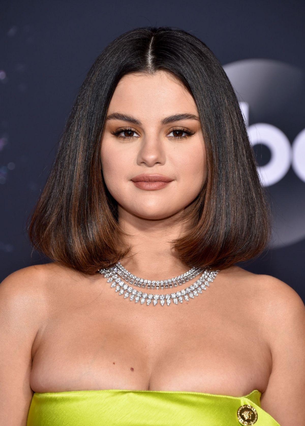 Https Www Hawtcelebs Com Wp Content Uploads 2019 11 Selena Gomez