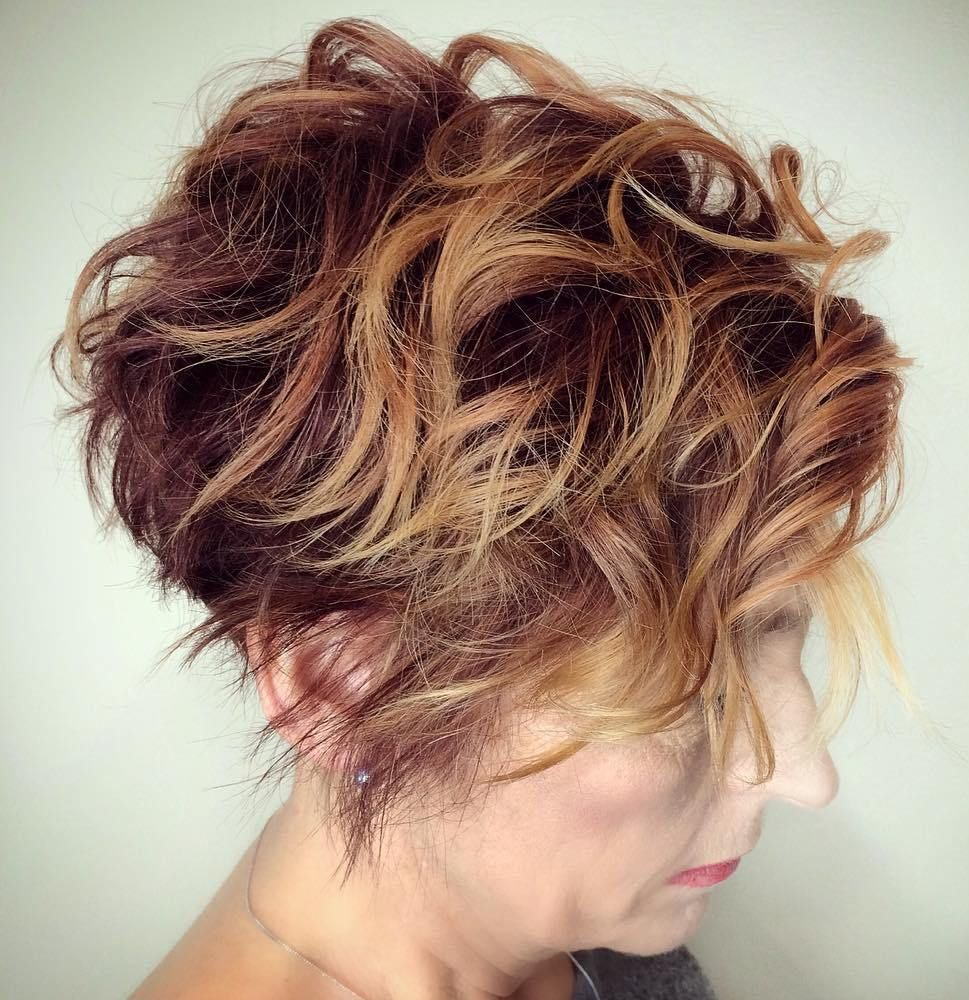 classy and simple short hairstyles for women over wavy pixie