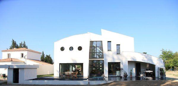 Nouvelle marque de maison contemporaine basse consommation - facade de maison contemporaine