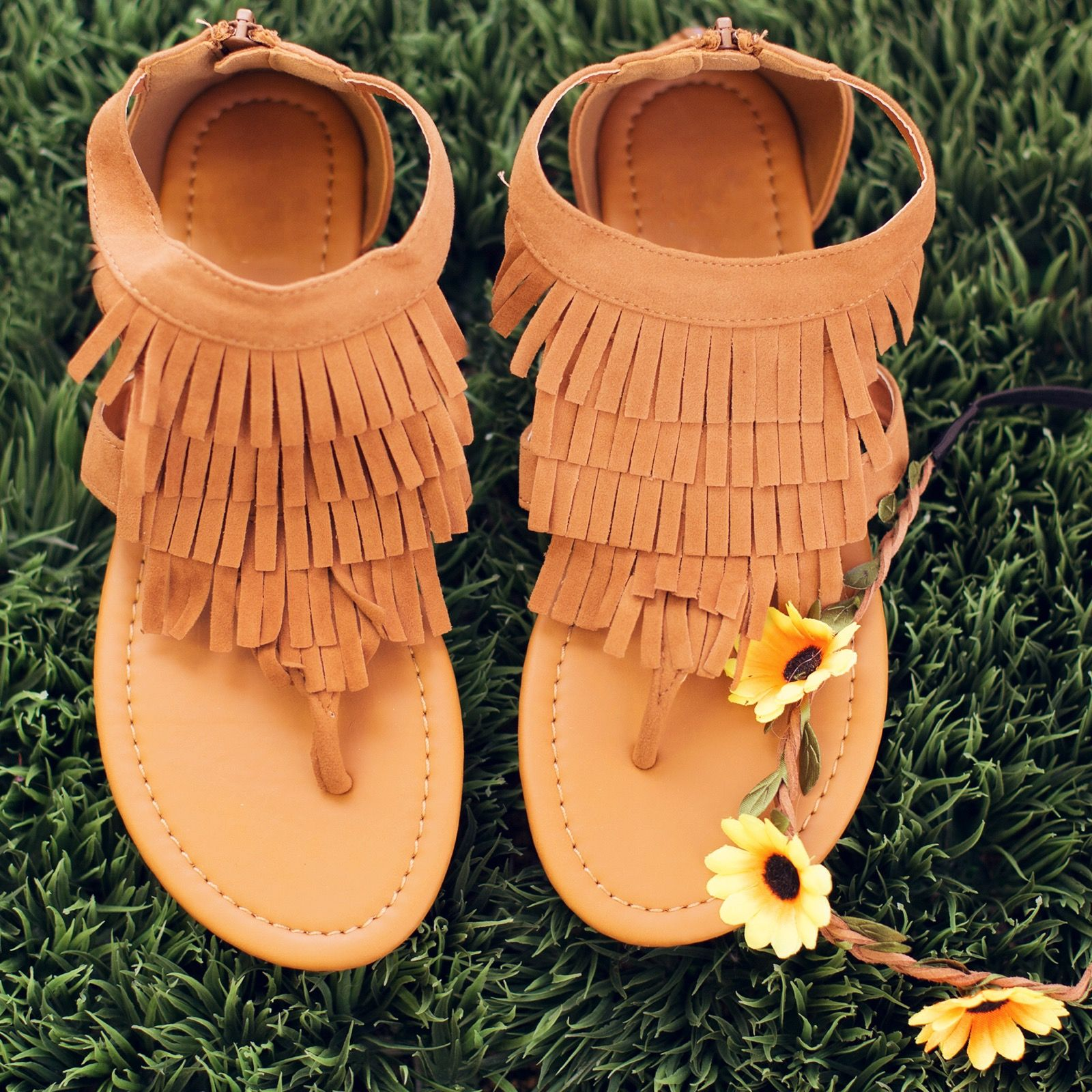 Brisa Fringe Sandals - Tan #Fashion #style #cute #fringe #sandals #trend #boho #Spring #ShopPriceless