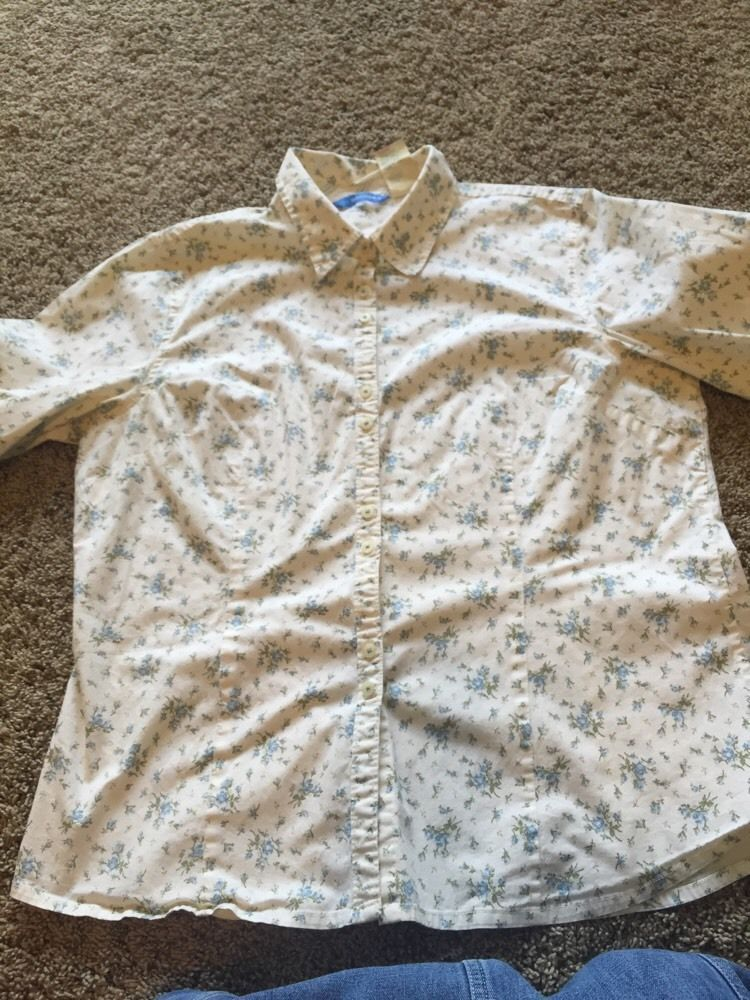 Womens XL Dockers Shirt Long Sleeved Ivory With Blue And Sage Floral Design #DOCKERS #ButtonDownShirt