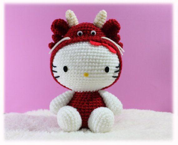 Amigurumi Hello Kitty in Chinese Zodiac Cosplay : Dragon