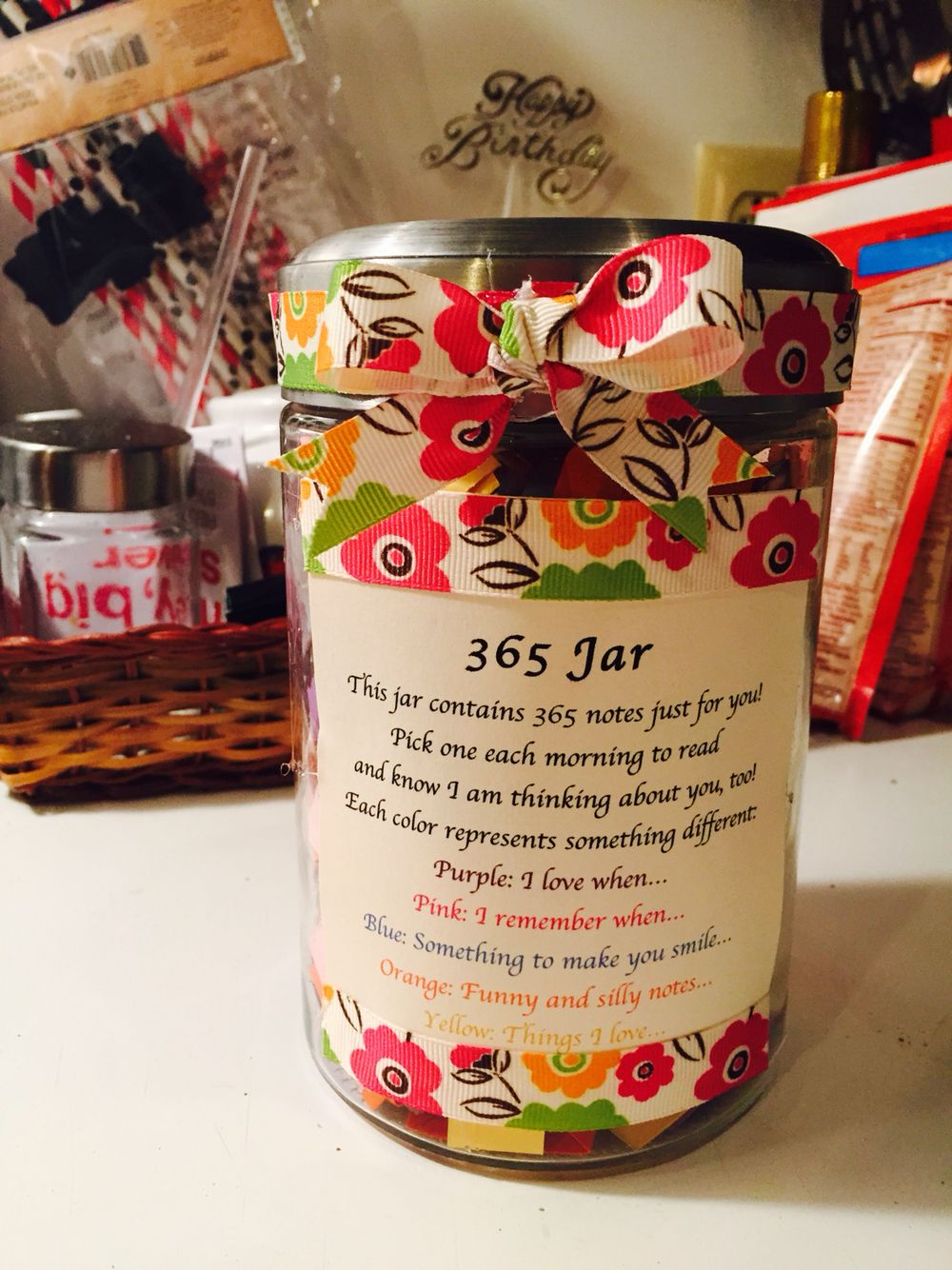 Fun 365 Jar Great Gift Idea For Someone To Last Throughout The Year 365 Sweet Notes Memories One For Each Day Of The Year Boyfriend Gifts Jar Jar Gifts