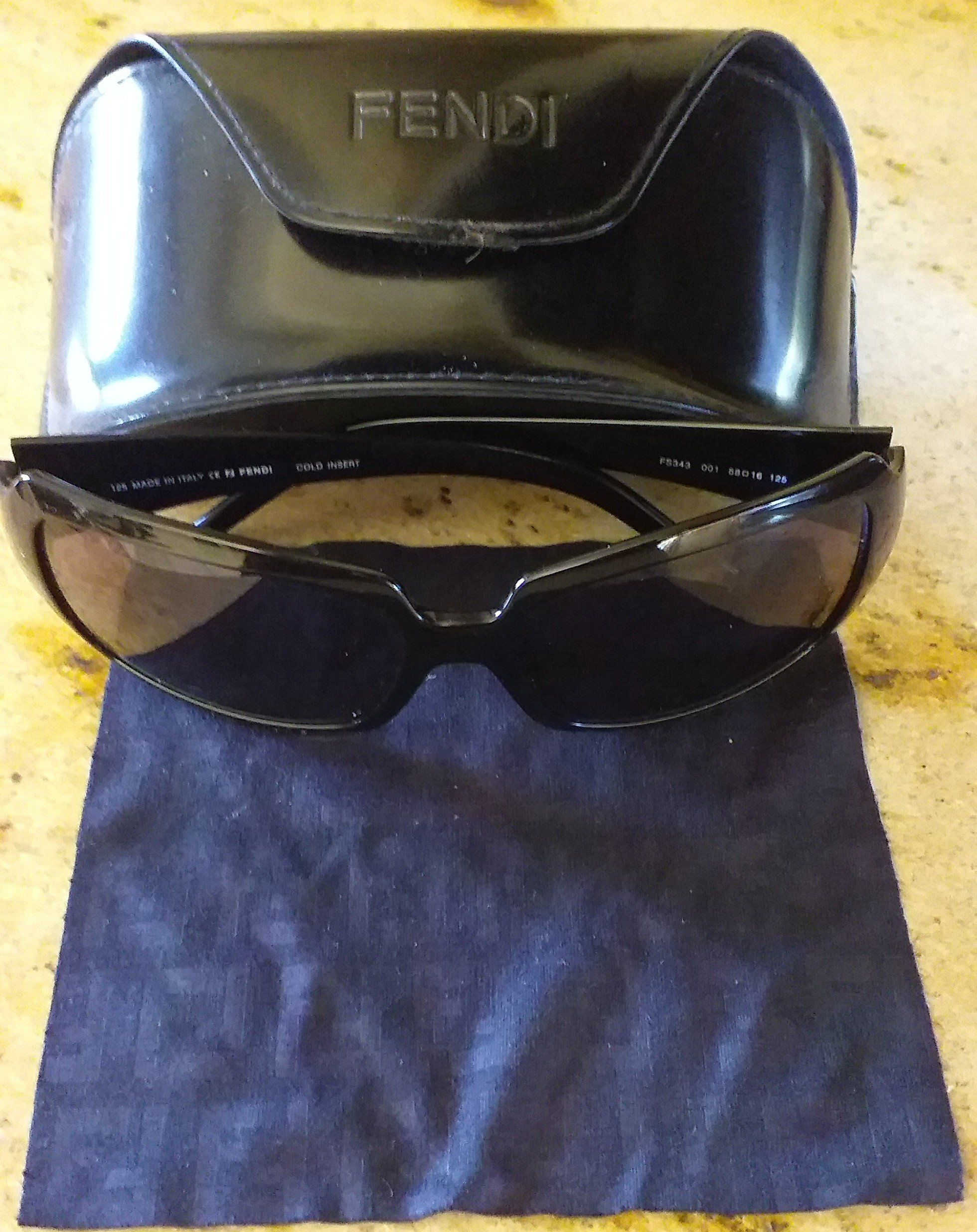 Cet Article N Est Pas Disponible Fendi Sunglasses Minimalist Accessories Fendi