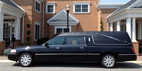 Image Result For Lincoln Town Car Hearse Motorized Road Vehicles