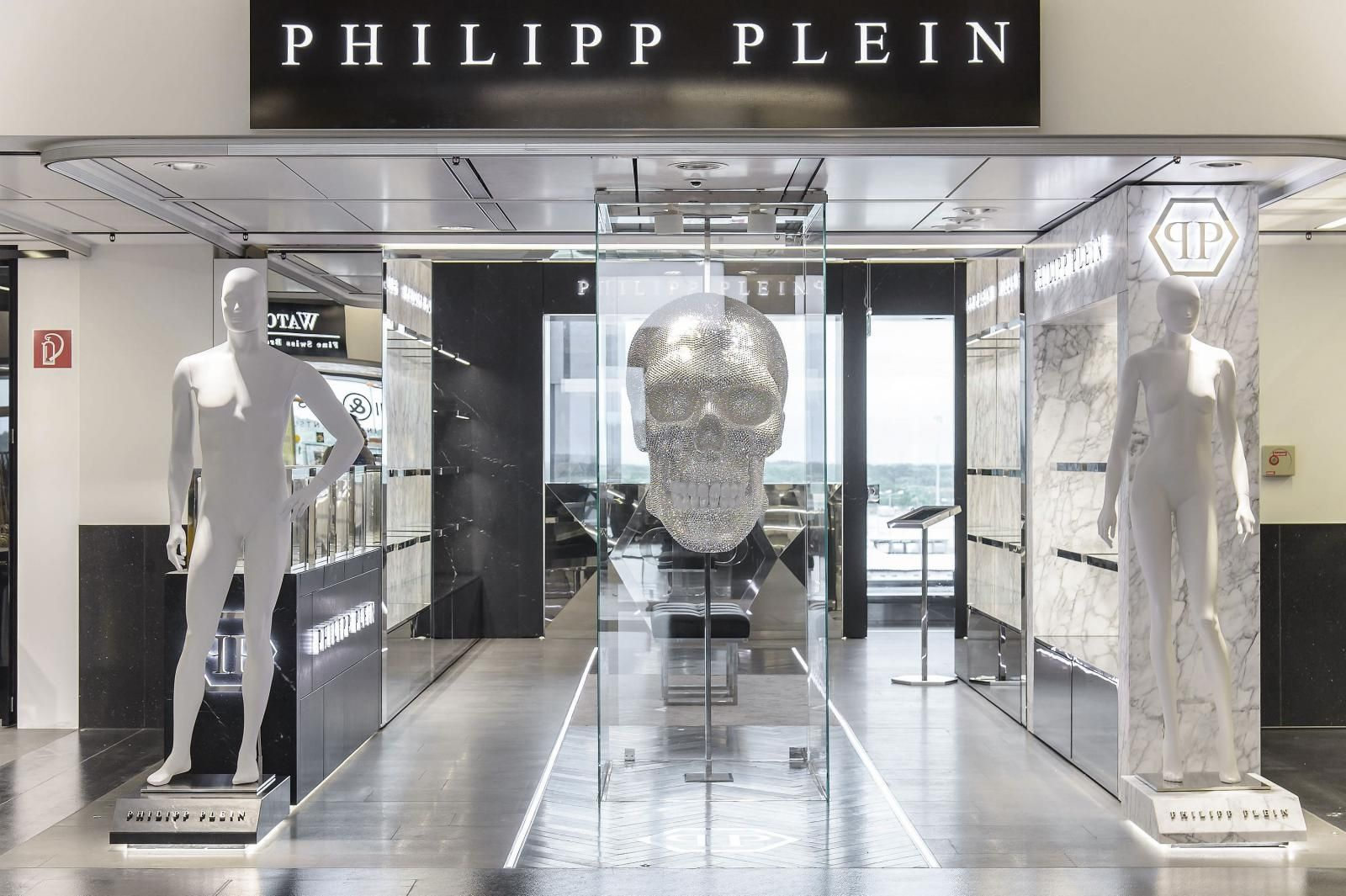 PHILIPP PLEIN Store Vienna International Airport