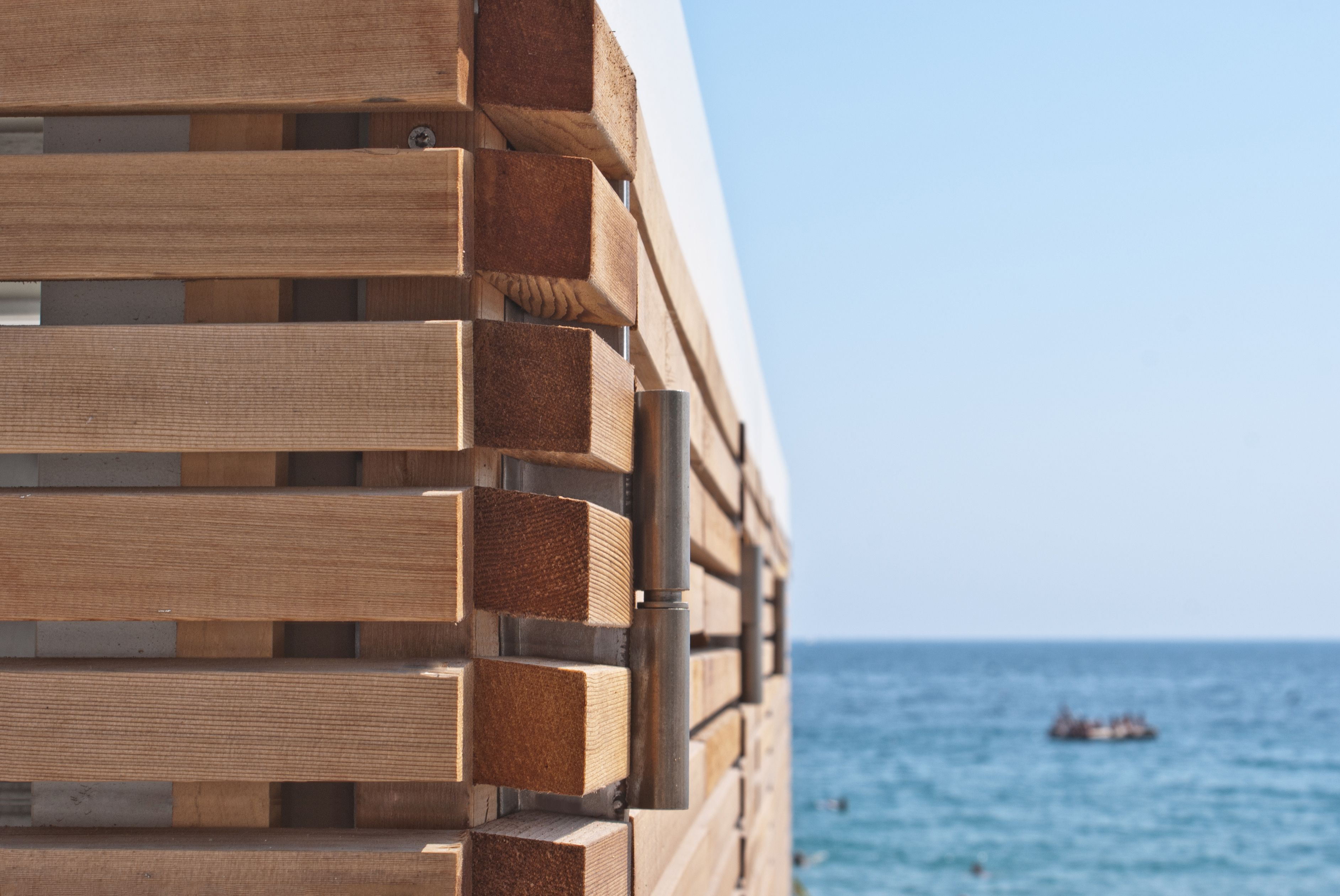 Stabilimenti balneari a Cannes, Francia! Rivestimento con listelli ...