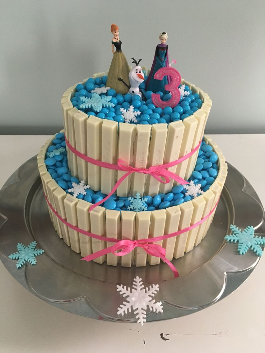My Frozen themed Kit Kat Smartie cake CAKE and CUPCAKE IDEAS