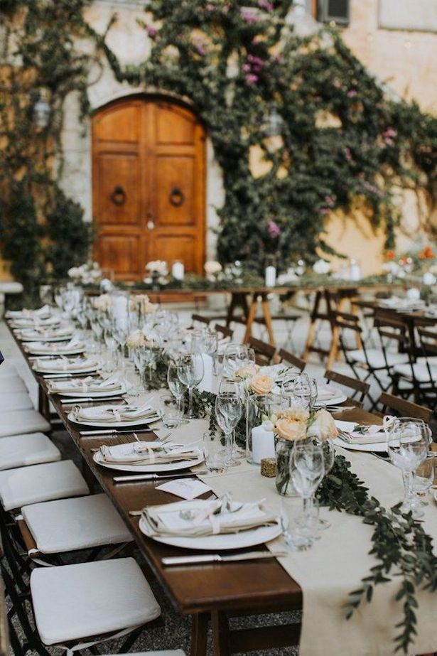 Long Rustic Wedding Tablescape for outdoor reception decor | Tips for Planning a Destination Wedding in Italy  #table #tablesetting #tablescape #tabledecor #centerpieceideas #weddingdecor #weddingdecorations