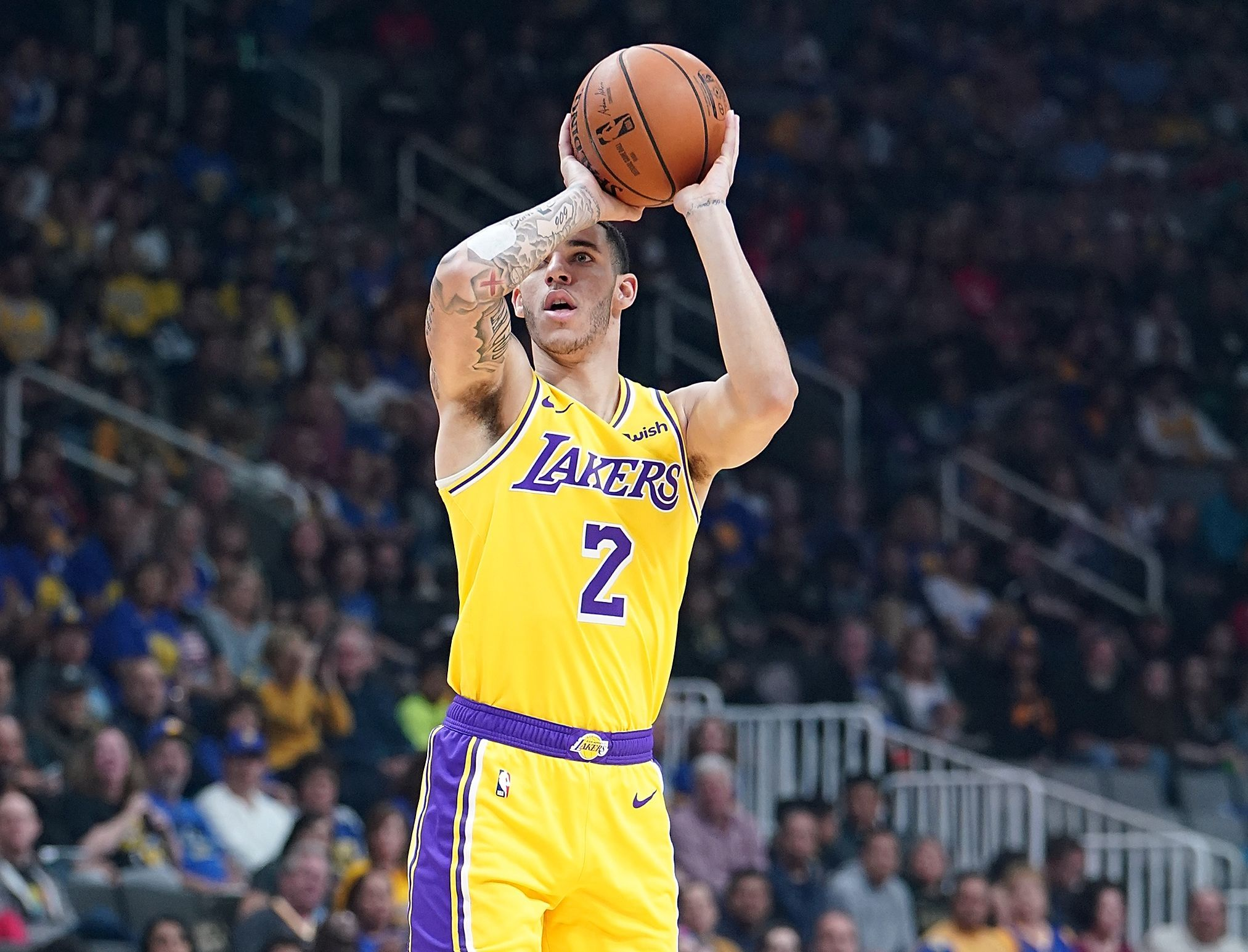 Jalen rose says lonzo ball doesnt fit with los angeles