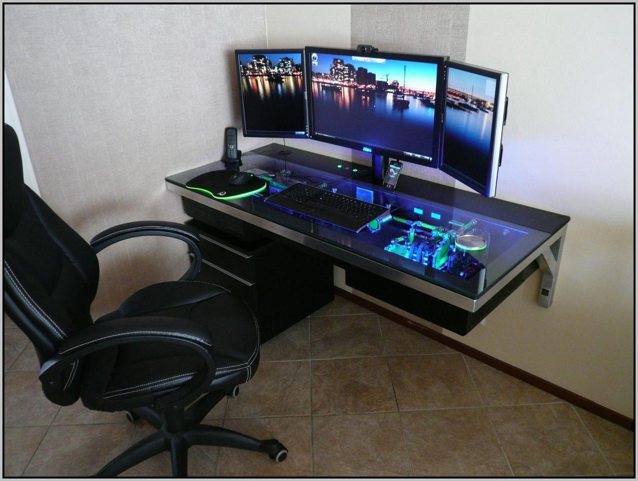 Best Gaming Desks 2015 Small Computer Desk Gaming Desk Good Gaming Desk