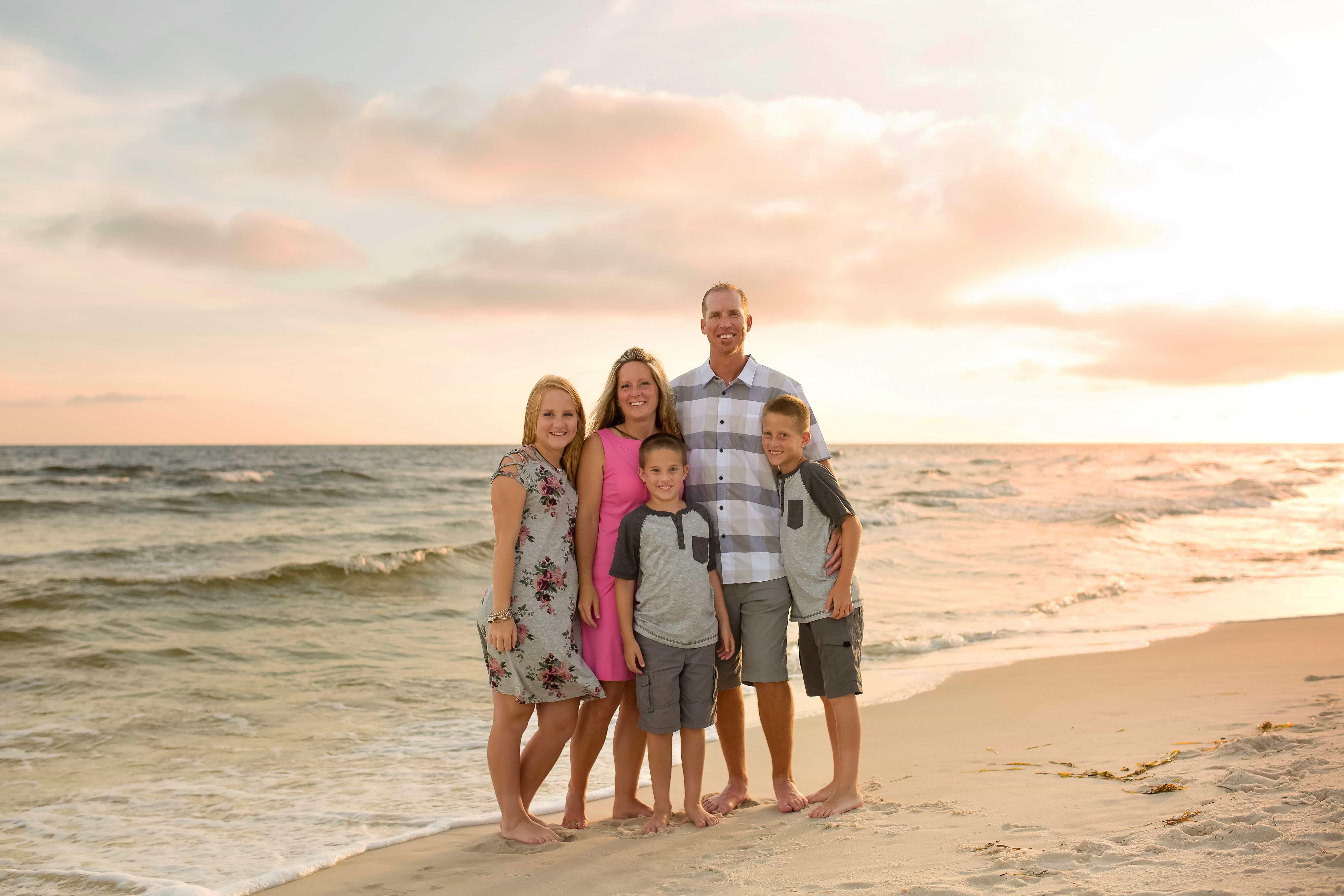 Sunset Family Photos in Panama City Beach - LJennings
