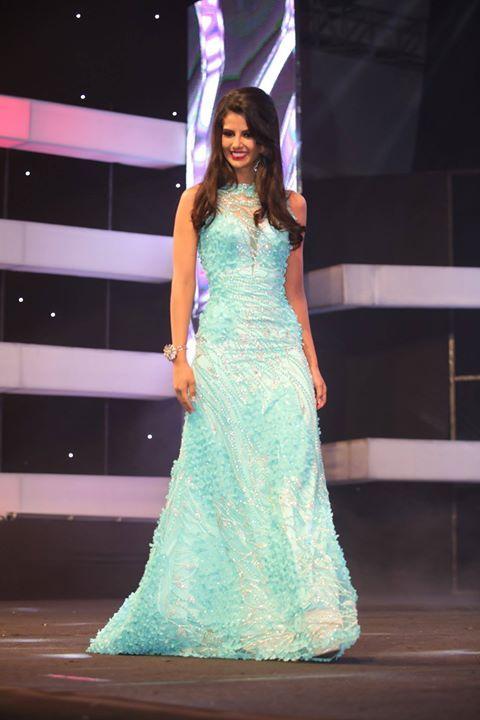 #MissEcuador2017 Dayanara Peralta (Guayas) es otra de las más premiadas: Miss Agua Cielo y Miss Popularidad. La ven en el top?