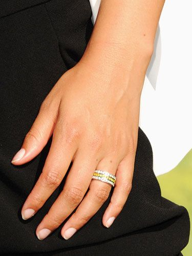 Alicia Keys wedding band Diamonds Are a Famous Girls Best