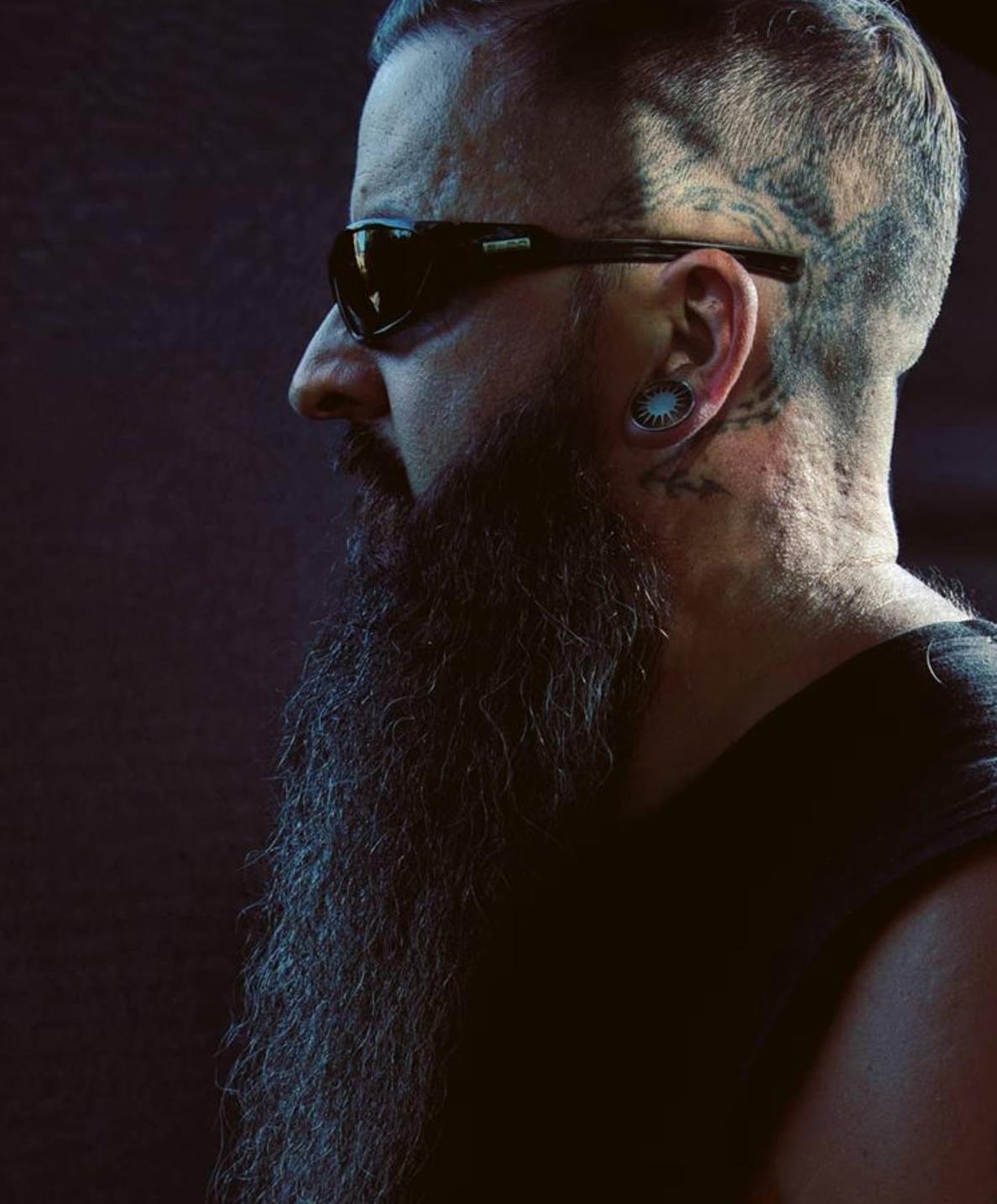 Beard Man with Shades Beard grooming, Beard look, Best